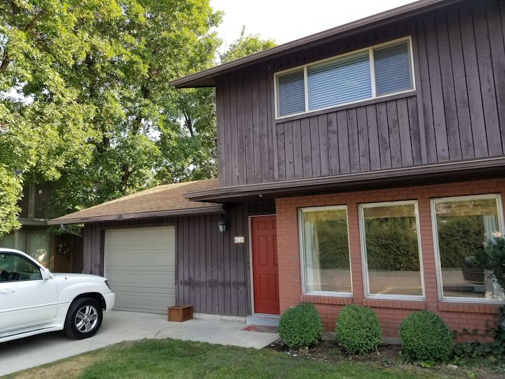 Cozy Provo Townhouse Near BYU