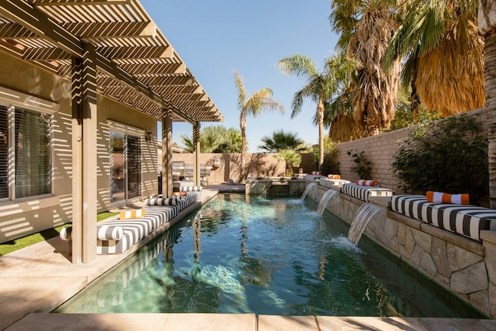 Palm Springs Entertainer's Pool  Home with View
