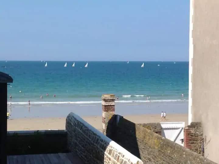 Chambre vue mer, près plage, petit dej inclus