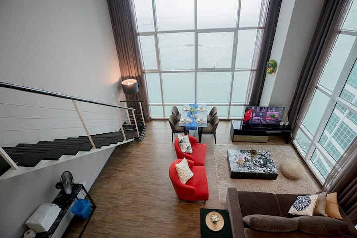 HighCharming Seaview Duplex@Georgetown [Sanitized]