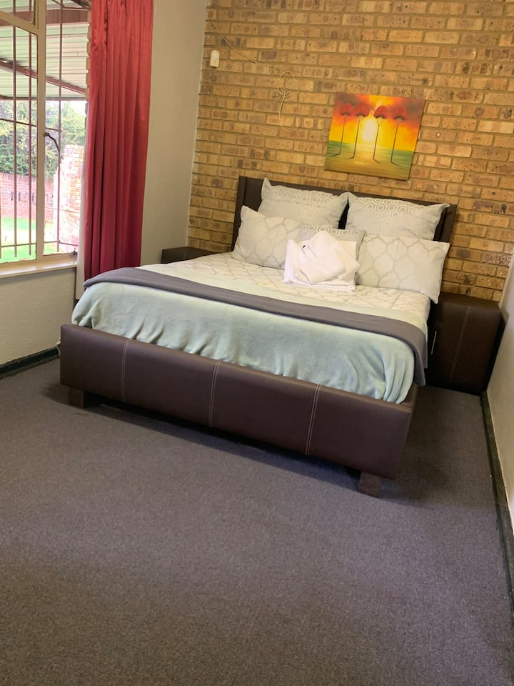 Sapz@Witbank Room3 lets take care of your rest