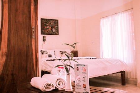 Spacious Room @Omah Joglo Krawitan