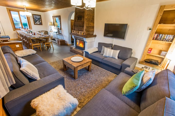 Charming 8 bedroom chalet for up to 20 people