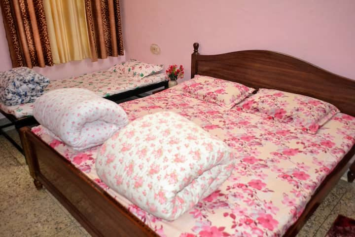 Jaiswal Homestay-AC 1BHK-Pets Allowed