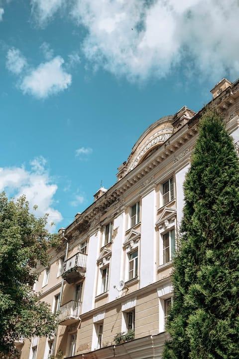 В историческом центре с видом на Набережную