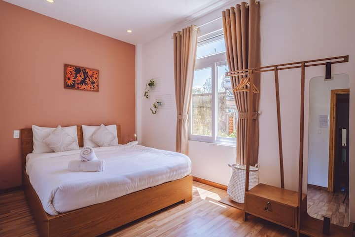 GREEN HOUSE 2 ♥ Airy Suite ♥ 5' to Xuan Huong Lake