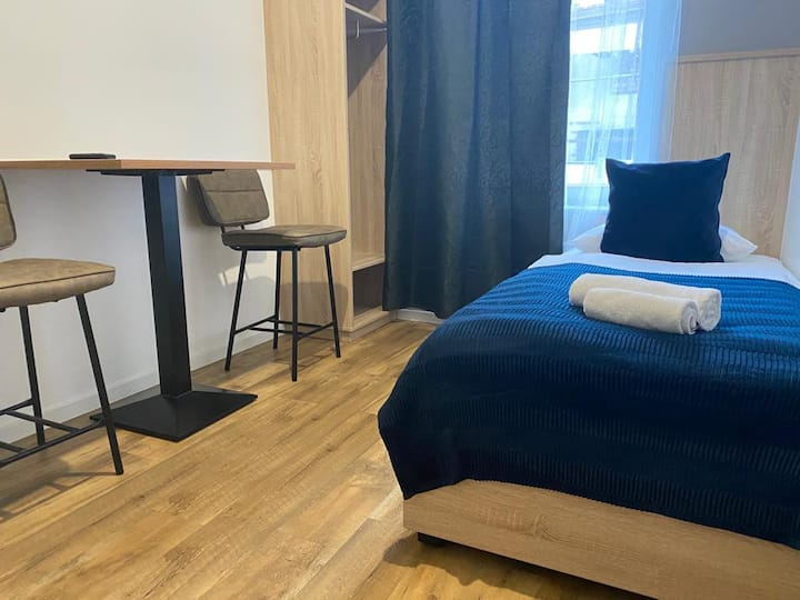 Stadtzentrum||Professionell konzipiertes Apartment