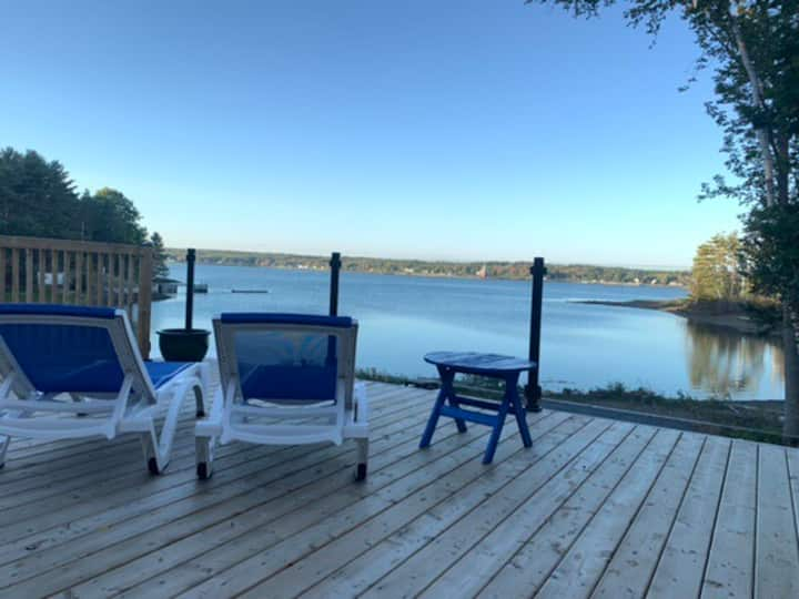 Waterfront cottage, private beach, on the LaHave.