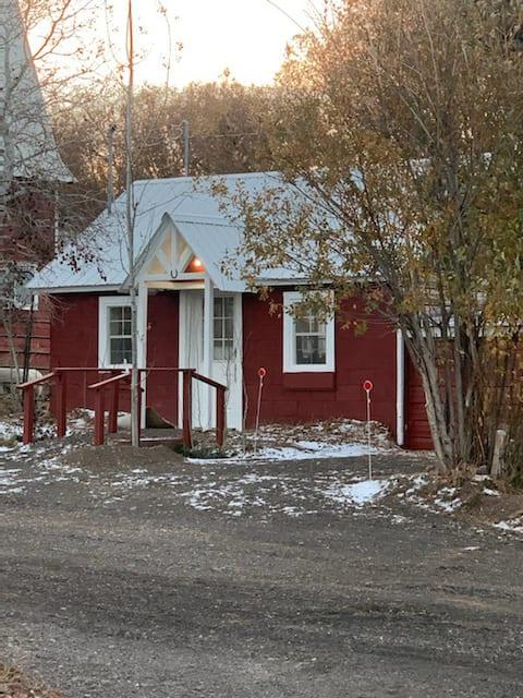 Caretaker's Cottage at London Spring Ranch