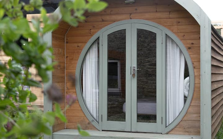 Glamping pod on organic farm & nature reserve