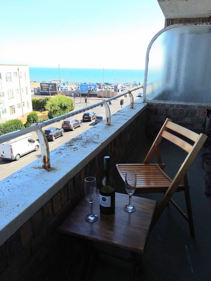 Seaview balcony studio