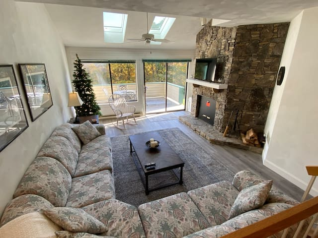 Relaxing & Clean Ski-in 2bed/2bath Condo