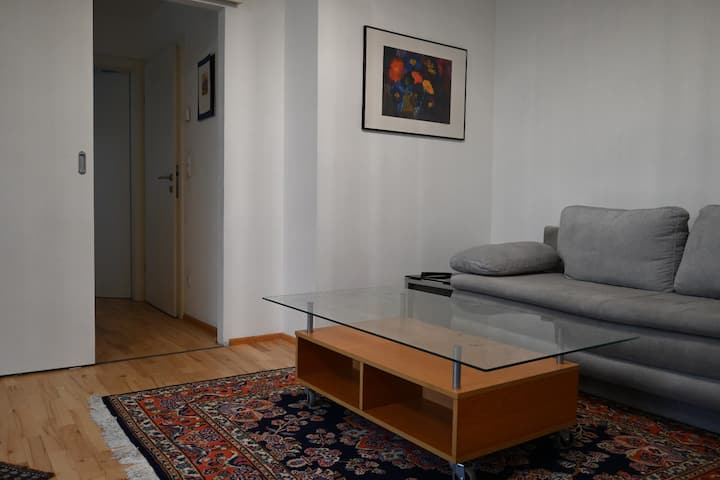 One-bedroom*Double Beds*Free Wi-Fi* Flat-Screen TV