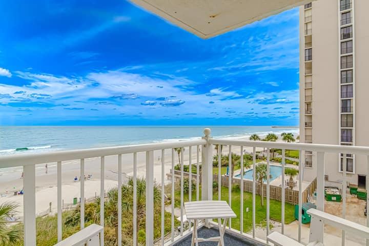 Oceanfront Condo with Sunset Views
