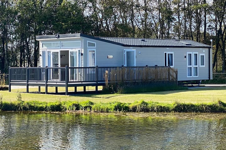 New Haven Lakeside Lodge, Nr Cartmel Racecourse