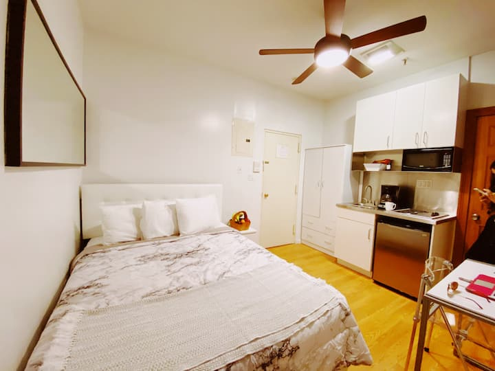 Private & Cozy Studio in the center of NYC