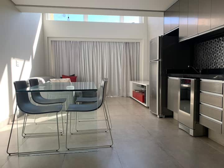 Loft moderno e confortável ao lado do ibirapuera!