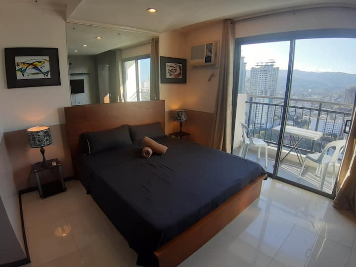 Cebu City's Mountainview Flat 3203 with Balcony