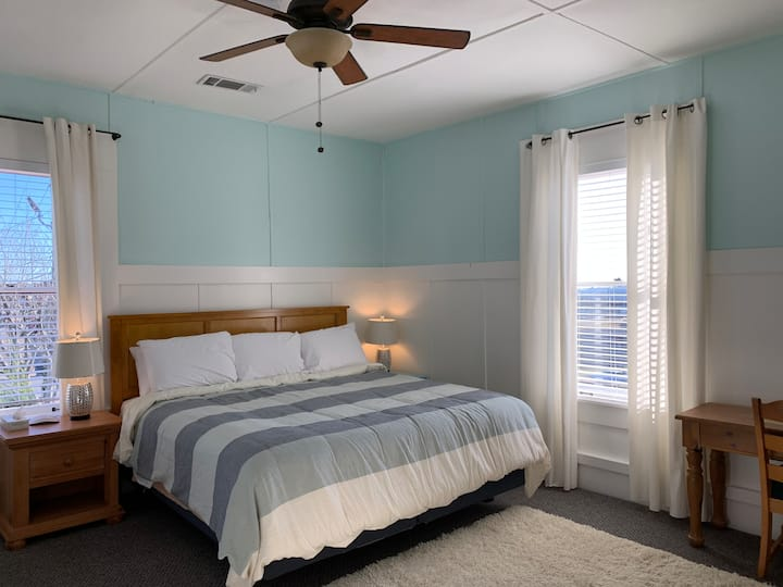 """Woodbridge Inn Room 13 - """"Spruce"""""""