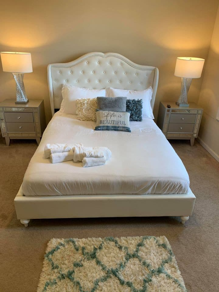 Private Room in Shared Home-Pearl