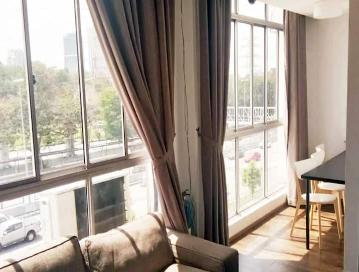 5 mins Kelana Jaya LRT Station, Private Room, 2pax
