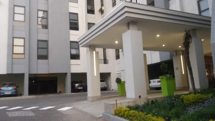 One Bedroom Well Furnished Entire Apartment