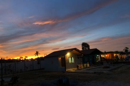 Farm stay with 3 Cottages close to Bengaluru