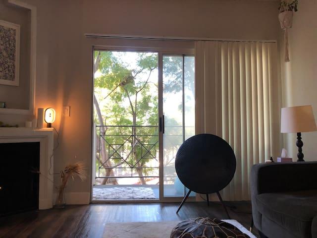 Stylish 1 bedroom 10 min from LAX