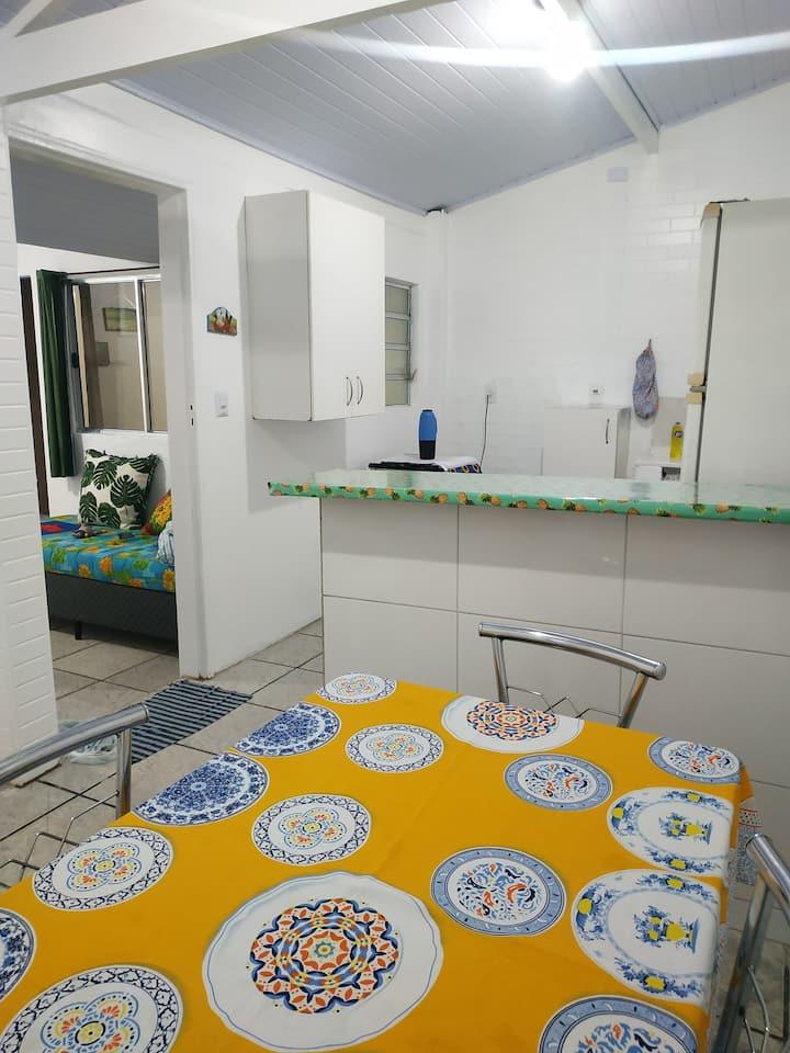 Casa confortável centro de Praia Grande -Boqueirão