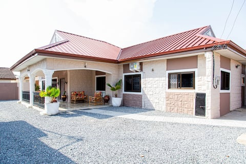 Agape Homes - Luxury 2 Bedroom House at Tema Com 3