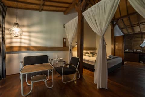 Rumah Jembarati - Mt.Merapi View | Joglo House 2px