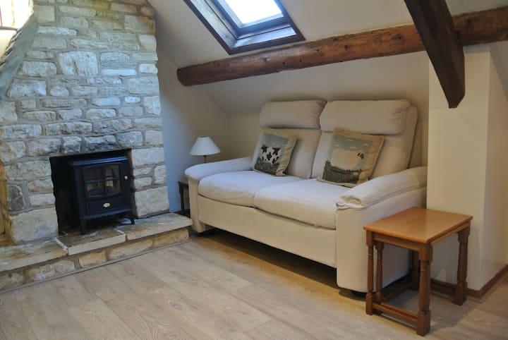 Tallet - 2 Bedroom Grade II Cottage in Bibury