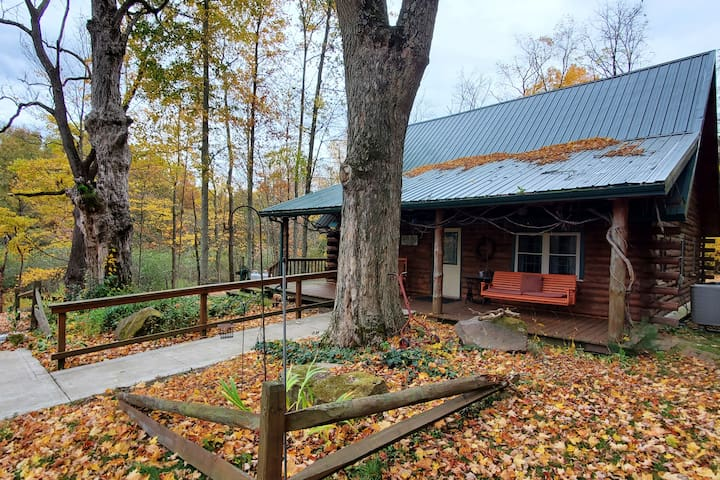Hunters & Fishermen Welcome! Log Cabin! Private!