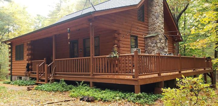 Cozy Bear Cabin Retreat