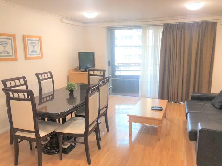 Stylish 1bedroom Apt located on the heart of CBD