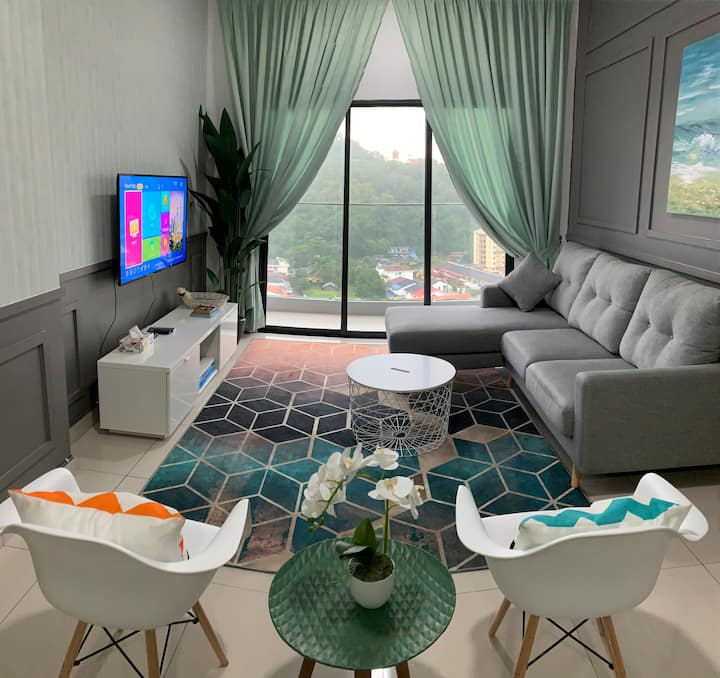 Cozy Apartment @Icon residence WIFI | Android TV