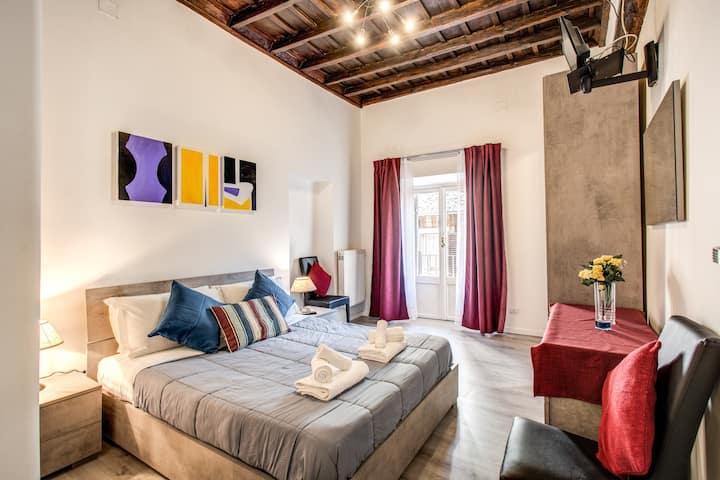 Giubbonari Street Room 1