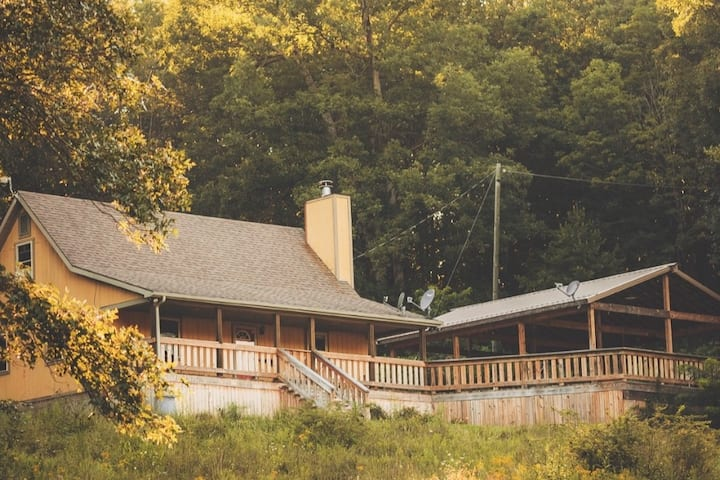 McChesney Ridge Cabin- Secluded 78 Acres