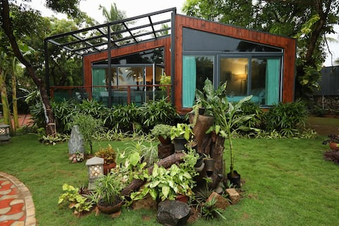 Luxurious Cottage at ECR Chennai With pool