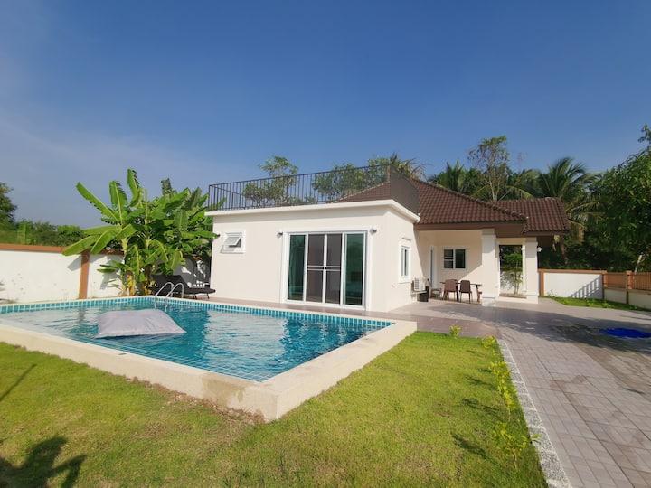 KK Pool House