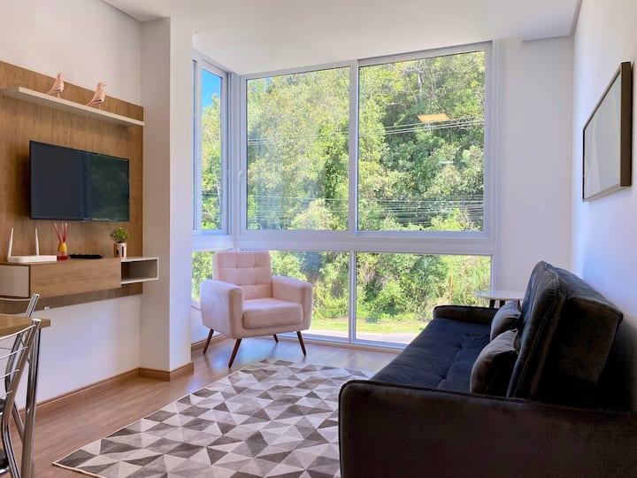 Apartamento NOVO c/ 2 quartos ao lado do CENTRO