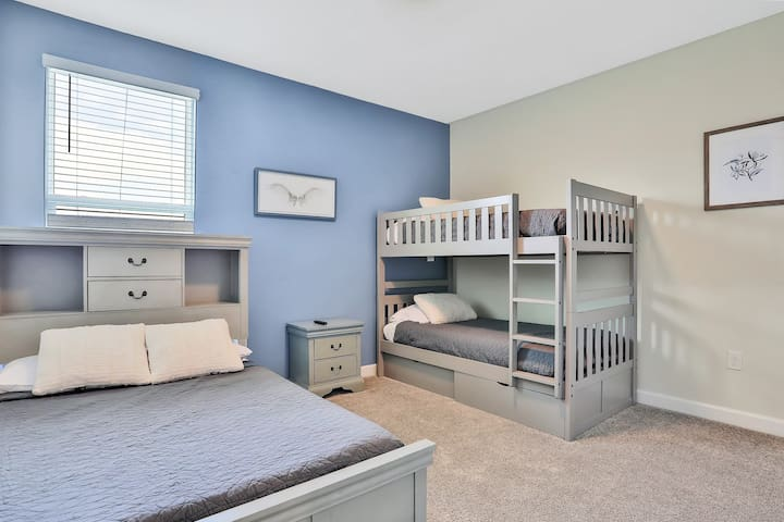 Family room - Double bed and Bunk