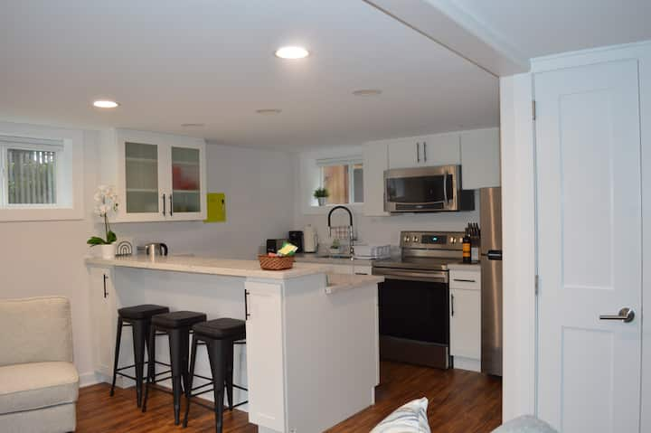 Cozy 1 BR Apartment in NW Seattle w/ Private Patio