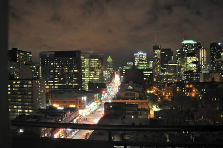 WOW ! Best View in the City from Private Balcony !