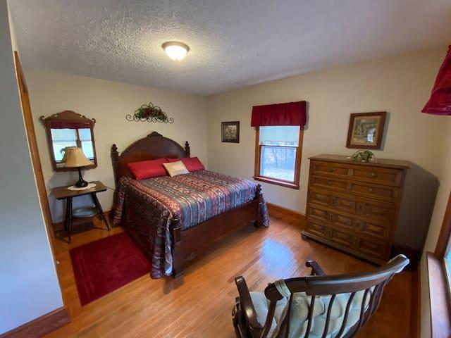 Bedroom #1 - queen sized bed