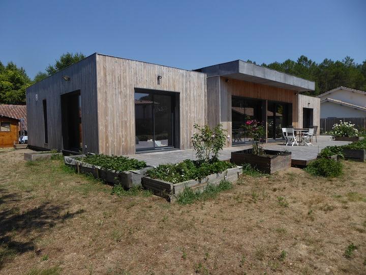 Villa des vignes en lisière de la forêt