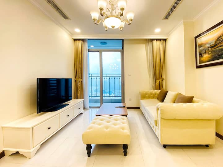 Landmark Plus  Homestay Vinhomes Central Park HCMC