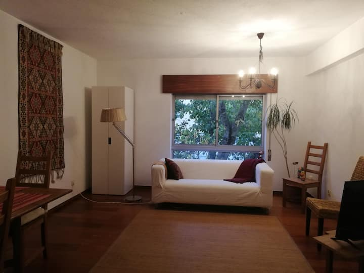 Smart Bedroom - 20 min. with metro from Chiado