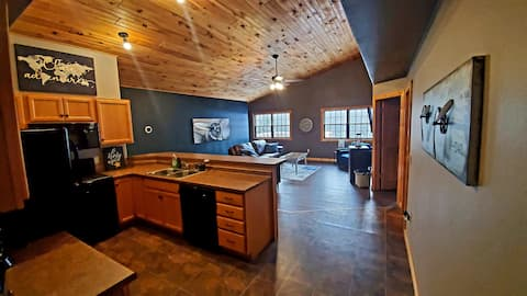 """The Loft""... Upscale while still Upnorth!"""