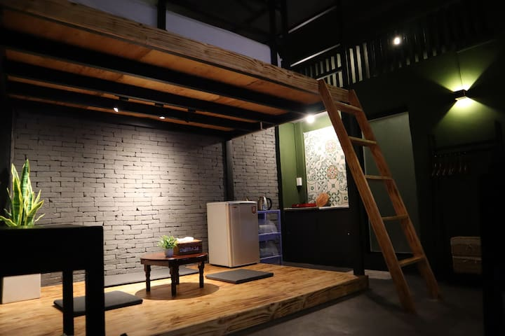 Stay&Chill | No.3: Mystique studio nearby Bui Vien